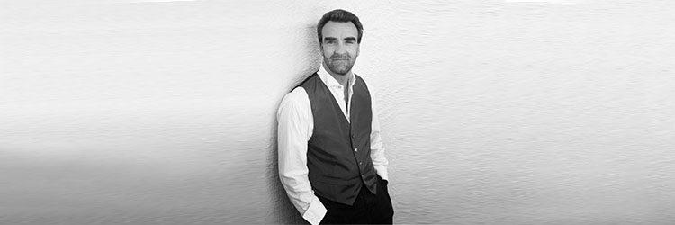 Jonathan Plowright, Klavier – Konzert zugunsten der Stiftung